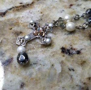 "Beautiful pearl cross necklace 12"""